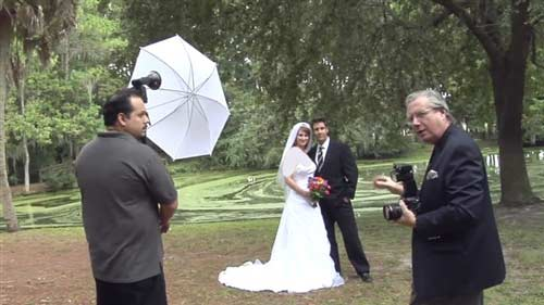 فیلم آموزش عکاسی عروسی  Wedding Portraits – Getting the Perfect Shot at Tricky Locations